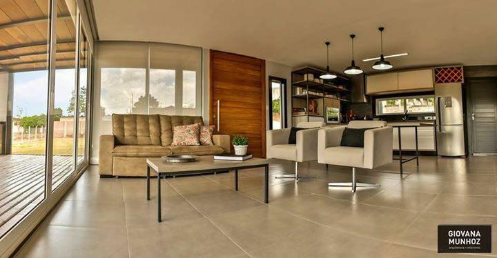 Residencial - Casa Padrão Luxo